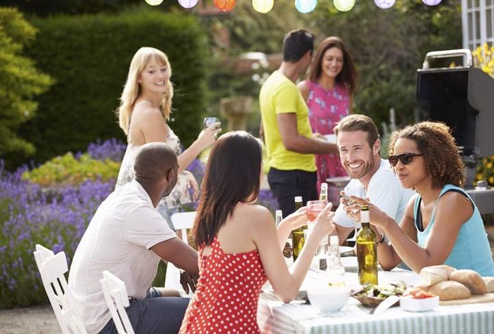 30 Fun Things To Do In Your Backyard
