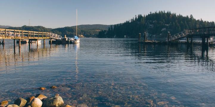 island-boat-975671-edited.jpg
